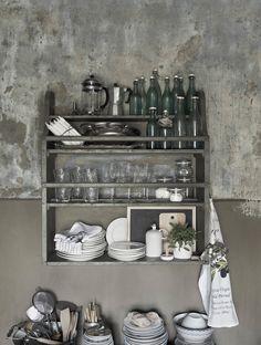 seventeendoors: spring inspiration - Emma Persson Lagerberg stylist. Petra Bindel, Photo. #InteriorDesign #walls