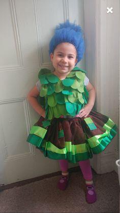 Dreamworks trolls costume diy no sew costume leaf vest halloween branch troll inspired tutu outfit solutioingenieria Choice Image