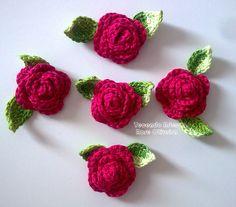Tecendo Artes em Crochet: Flores ༺✿ƬⱤღ  http://www.pinterest.com/teretegui/✿༻