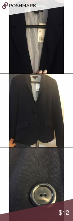 Forever 21 blazer Navy BF blazer. Never worn. Great with jeans or for work! Forever 21 Jackets & Coats Blazers