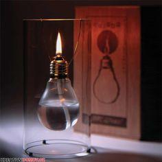 Krásná dekorace ze staré žárovky