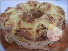 Rosca de batata e mandioquinha, recheada com calabresa e queijos... delicia!!