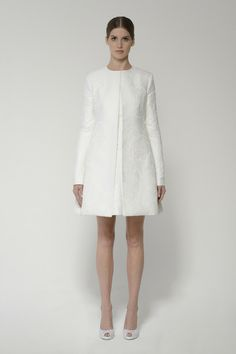 Shop this ready-to-wed coat and more at moniquelhuillier.com #moniquelhuillier #bridal