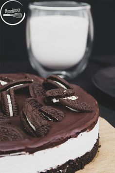 Vegane Oreo-Torte - Vegane Oreo-Torte: ich wollte schon immer mal einen Oreo in riesig und habe mir mit dieser Torte en - Oreo Cupcakes, Cupcakes Amor, Oreo Cake, Oreo Dessert, Pecan Pie Cheesecake, Cheesecake Recipes, Cupcake Recipes, Vegan Cheesecake, Oreo Torte Vegan