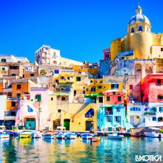 Let's get lost in #Procida's hues #ExplorePlaces #ExploreColors #Picoftheday #Island