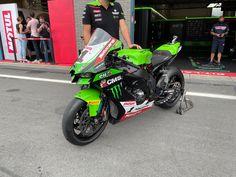 Fabrieksracer van Rae in het World Superbike kampioenschap. #kawasaki #superbike #rae Isle Of Man, Motogp, Motocross, Racing, Motorcycle, Vehicles, Running, Dirt Biking, Auto Racing