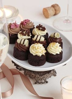 1000 images about high tea finger food on pinterest for Canape desserts