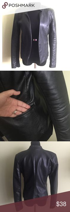 😻 EXPRESS black vegan leather blazer S Black vegan leather blazer from a Express. Slim fitting. Stretchy material in underside of arms. So cute with skinnier and cage heels or over a dress. Excellent condition. BUNDLE & SAVE! 💝 Express Jackets & Coats Blazers