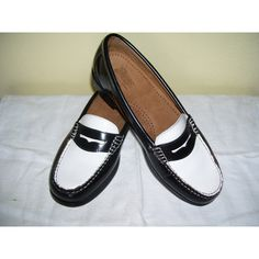 895b3cc6991 Elvis Gal Vintage 1940s 40s 1950s 50s Black and White Two Tone Weejuns... Penny  LoafersFlat ShoesTwo ...