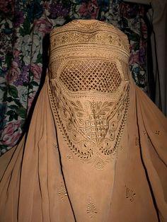 Beauty of burka! Beauty of Islam