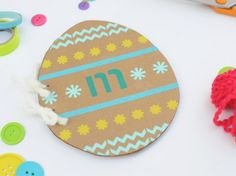 Make this cute Easter Doodle book for a cute Easter Basket stuff!