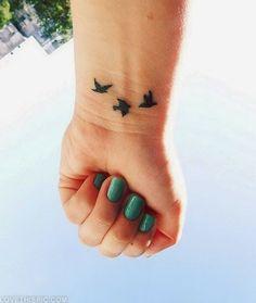 41 Best Ideas For Jewerly Tattoo Designs Shape Fake Tattoos, Trendy Tattoos, Unique Tattoos, Beautiful Tattoos, New Tattoos, Small Tattoos, Tattoos For Guys, Tatoos, Wrist Tattoos Girls