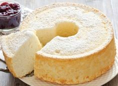 WW Light Angels Cake- Gâteau Léger des Anges WW Light cake of WW angels, recipe for a delicious cake like a vanilla scented cloud, very light and fat free, easy to make. Dessert Ww, Ww Desserts, Dessert Recipes, No Calorie Foods, Low Calorie Recipes, Diet Recipes, Healthy Recipes, Light Cakes, Angel Cake