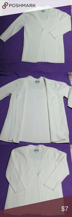 Croft & Barrow 3/4 sleeve Faux 2~piece sweater. Croft & Barrow 3/4 sleeve Faux 2~piece ribbed knit sweater. Off white with built in shell and one button. Wear open or closed. Gives look of sweater set but is one piece. 3/4 length sleeves. EUC. Size Medium. Buy with confidence from a 5 star seller with fast shipping. All my closet items come from a clean, smoke free home. croft & barrow Sweaters Cardigans