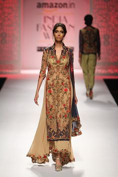 Mandira Wirk at Amazon India Fashion Week autumn/winter 2016 | Vogue India | Section :- Fashion | Subsection :- Fashion Shows | Author :- Vogue.in | Embeds :- slideshow-right-thumbnail | Covers :- no-cover | Publish Date:- 03-20-2016 | Type:- Story-editorial