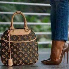 #Louis #Vuitton #Handbags Outlet Big Discount Save 50% For New York Fashion, LV Handbags Hot Sale 2015 Cheapest Price, Pls Repin It And Press Picture Link Get It Immediately! Thx. http://2015cheapsalebags.gaytxtbudzuk.co.uk/