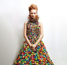 balloon dress by Daisy Balloon