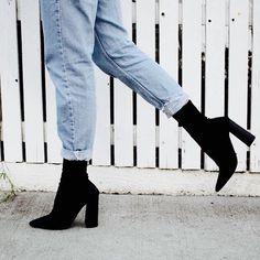 High Heel Boots, High Heels, Shoes Heels, Black Ankle Boots Heels, Black Heeled Boots Outfit, Sock Ankle Boots, Pointed Ankle Boots, Boot Heels, Block Heel Boots