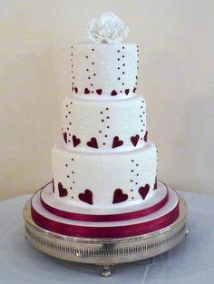 Very simple design to do for a Christmas theme.   Wedding Cakes - Melissa Woodland Cakes