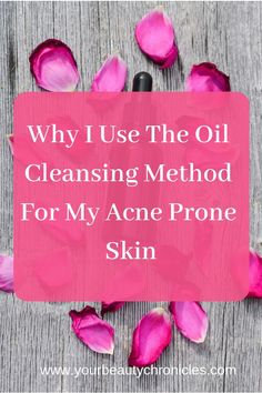 DIY Skin Care Tips : Oil Cleansing Method might sound scary when you have acne. However, this method actually helps heal your acne, is gentle on your skin Acne Skin, Acne Prone Skin, Skin Tips, Skin Care Tips, Diy Cleansing Oil, Self Tanning Spray, How To Get Rid Of Acne, How To Treat Acne, Natural Skin Care