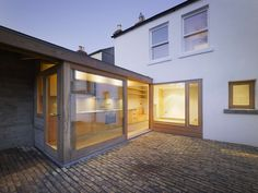 Laneway Wall Garden House by  Donaghy & Dimond Architects - Ireland