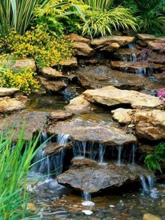 Gorgeous Backyard Ponds and Water Garden Landscaping Ideas (36) #Ponds