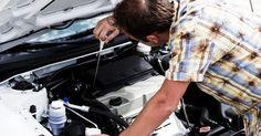 Especificações de fluido da Nissan Frontier 2000. A Nissan produziu a Frontier 2000 com dois motores diferentes: um 2.4, de quatro cilindros, e um 3.3, de seis. Ambos poderiam ser acoplados à tração traseira ou nas quatro rodas. Os níveis e os tipos de fluidos recomendados pela Nissan incluem óleo, transmissão, diferenciais, caixa de transferência e vários sistemas hidráulicos.