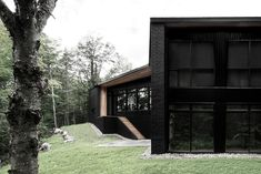 http://www.ignant.de/2014/10/02/screen-house-by-alain-carle/?lang=de