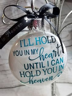 Choose to remember your dearly departed loved ones on Christmas with this Memorial Ornament - Memorialize your loved one that has passed with our beautiful memorial feather filled ornament Glitter Ornaments, Diy Christmas Ornaments, Christmas Balls, Homemade Christmas, Diy Christmas Gifts, Christmas Projects, Holiday Crafts, Christmas Holidays, Christmas Decorations