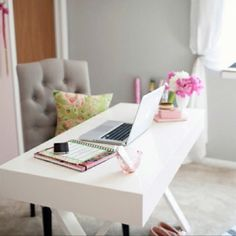 i work from home, and am transforming the spare room into my office. here are some of my favourite home office inspiration. Home Office Space, Office Workspace, Home Office Decor, Home Decor, Office Ideas, Desk Space, Study Space, Office Spaces, Ideas Para Organizar