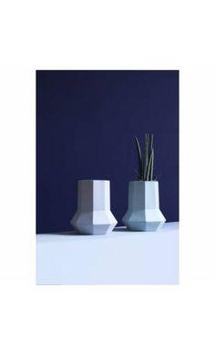 Vase octogonal en céramique
