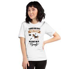 Beagle True Friend T-Shirt Olimpia Honduras, T Shirt Original, Prism Color, Teacher Shirts, Ash Color, T Shirts With Sayings, Madame, T Shirts For Women, Unisex
