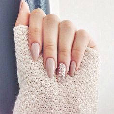 A manicure is a cosmetic elegance therapy for the finger nails and hands. A manicure could deal with just the hands, just the nails, or Cute Nails, Pretty Nails, My Nails, How To Do Nails, Fall Nails, Spring Nails, Gorgeous Nails, Nails For Autumn, Accent Nails