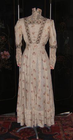 .Edwardian dress