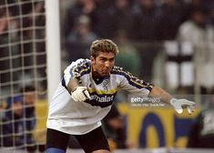Foto di attualità : Gianluigi Buffon of Parma in action during the...