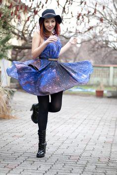 Galaxy Print Dress #galaxy #fashion #galaxy_fashion