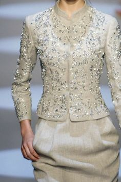 ~ Living a Beautiful Life ~ Algerian fashion: light Beige karakou Couture Fashion, Hijab Fashion, Fashion Dresses, Traditional Dresses, Elegant Dresses, Beautiful Outfits, Beautiful Life, Silk Dress, Blouse Designs