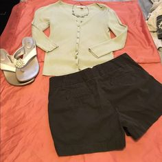 J.Crew Classic Twill Chino Shorts Dark Brown - size 2, sry their wrinkled in pic! Smoke/pet free home! J. Crew Shorts