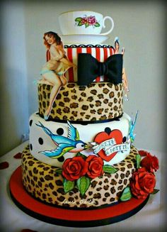 Rockabilly Wedding Cake - Leopard, sparrows, stripes, bow, roses and pin-up lady. Would love this as my birthday cake! Beautiful Cakes, Amazing Cakes, Festa Pin Up, Pin Up Party, Rockabilly Wedding, Rockabilly Style, Punk Wedding, Dream Wedding, Skull Wedding
