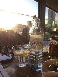 Sonnenstrahlen genießen! #neniberlin #vöslauer #jungbleiben #kulinarik #gastronomie #berlin #monkeybar Vodka Bottle, Content, Drinks, Food, Fine Dining, Sun Rays, Drinking, Beverages, Essen