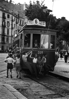 David Seymour - Naples, 1948. S)