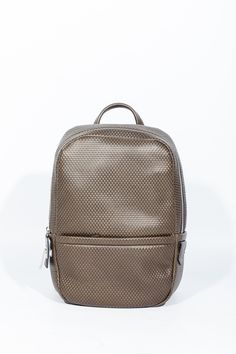 ZZEGNA backpack. Shop now #mensbag #mensbackpack #backpack #mensfashion #zegna at #hionidismankind Fall Winter 2015, Men's Fashion, Backpacks, Key, Style, Moda Masculina, Swag, Fashion For Men, Unique Key