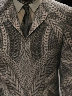 Knit printed blazer detail.  Alexander McQueen menswear, Autumn/Winter 2010.