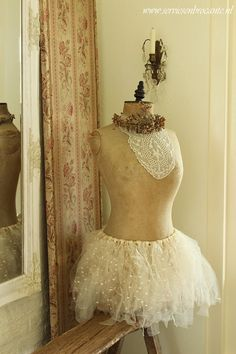 French mannequin dress form