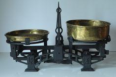 Antique Scale Balance Scale 10 KG Cast Iron Pharmacists Shop Scale Copper Bowl Bowl, Apothecary, Cast Iron, Vintage Scales, Kitchen Scales, Pharmacists, Chandelier, Copper, Ceiling Lights