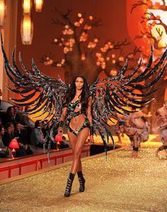 Victoria Secret runway 2012