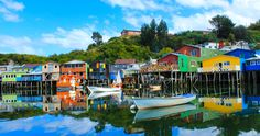 Cruise the Patagonian fjord in Puerto Montt Chile. Sites Touristiques, Best Sites, Top Places To Travel, Cool Places To Visit, Paris Tokyo, Places Around The World, Around The Worlds, Iglesia San Francisco, Chili