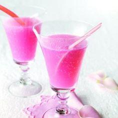 Rhubarb spritzer recipe - Chatelaine.com