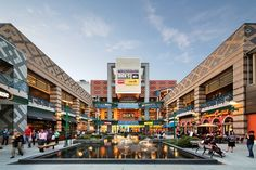 Westchester's Ridge Hill's outdoor shopping mall is like its own little village. Mall Facade, Retail Facade, Plaza Design, Mall Design, Shopping Street, Shopping Malls, Retail Architecture, Commercial Architecture, Landscape Architecture