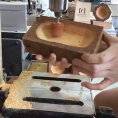Used Woodworking Tools – Woodworking Techniques Used Woodworking Tools, Woodworking Equipment, Woodworking Desk, Woodworking Techniques, Woodworking Projects Diy, Woodworking Videos, Diy Wood Projects, Woodworking Classes, Youtube Woodworking
